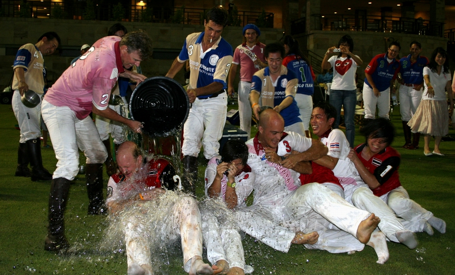Eric's team wins the Songkran Cup